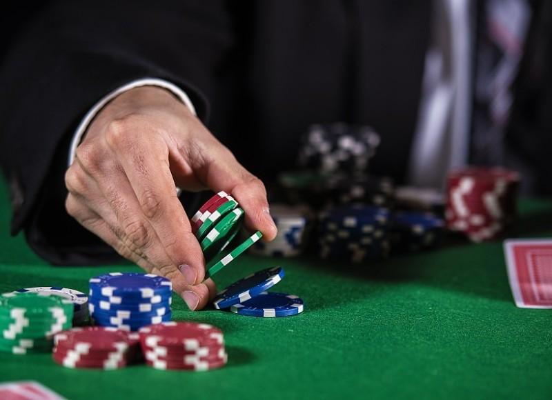 Стратегия игры в казино холдем casino euro online